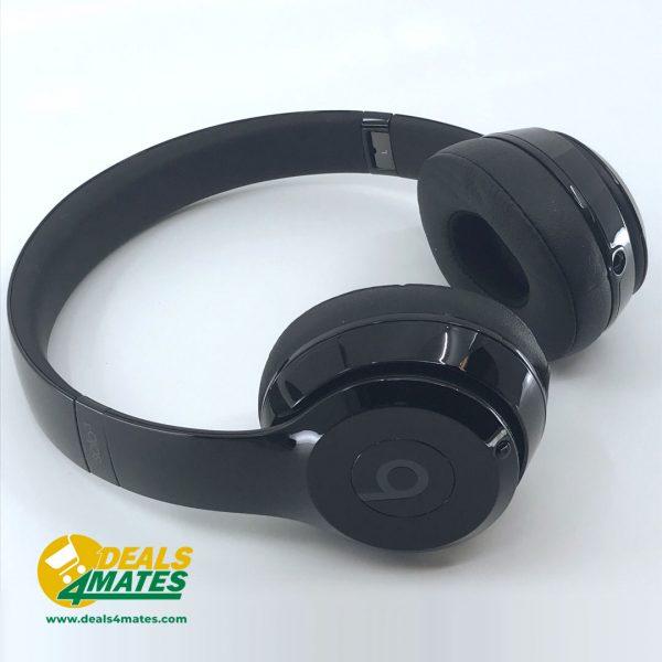 Refurbished Beats Solo3 Wireless Gloss Black 1